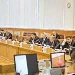 Вопрос о повышении денежных выплат почётным гражданам сняли с повестки дня