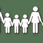 Законы об отмене льгот в Новгородской области скорректируют в пользу многодетных семей