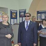 В Великом Новгороде побывал слепой депутат, внесённый в книгу Гиннеса за прыжок с парашютом