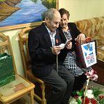 Труженик тыла из Киргизии получил сегодня российский паспорт в Великом Новгороде
