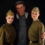 Театр драмы приглашает на спектакль «Не покидай меня…»  и в честь Дня Победы дарит второй билет