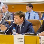 За отставку мэра проголосовал коммунист, один депутат  из «Единой России» была против