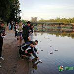 В Старой Руссе прошла акция «Река памяти»