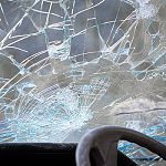 Четыре пассажира автобуса, попавшего в аварию в Чудовском районе, оказались в больнице