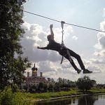 Сегодня в Старой Руссе открылся экстрим-спуск через реку Полисть