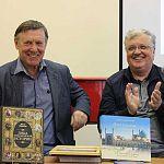 Писатель Виктор Смирнов презентовал книгу «Лица новгородской истории»