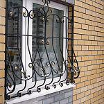 В Великом Новгороде украли решётки, поставленные для безопасности