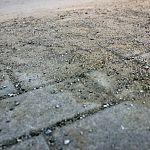До потепления пыль с улиц Великого Новгорода будут убирать вручную