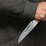В Новгородской области инспектор рыбоохраны отобрал нож у браконьера
