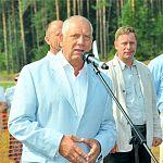 Губернатор подписал соглашение о создании комплекса для биатлонистов