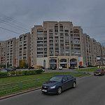 В Великом Новгороде 80-летняя женщина выпала из окна