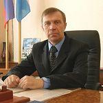 Глава Мошенского района решил пойти в сельские депутаты