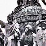 Пресс-служба Кремля напомнила о новгородском монументе «Тысячелетие России» в связи с открытием памятника в Москве