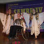 Новгородский театр «Жест» поразил индийцев своими танцами на инвалидных колясках