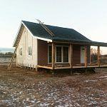 Переселенцы с Севера судятся с предпринимателем, который обещал построить для них посёлок под Старой Руссой