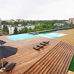 В Великом Новгороде открылся первый бассейн на крыше