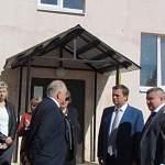 Андрей Никитин заметил изменения в благоустройстве дома в Старой Руссе после его первого посещения