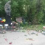 В Санкт-Петербурге вандалы осквернили могилу Цоя
