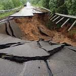 Дорогу в Любытинском районе перекрыли, закрыто направление и из Окуловки в Крестцы