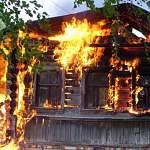 Из-за неосторожного обращения с огнем мужчина сгорел вместе с домом