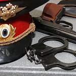 Экс-полицейского из Малой Вишеры, пробовавшего себя в качестве «рэкетира», наказали рублём. Сначала двумя миллионами, а теперь лишь 180-ю тысячами