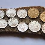 Минтруд предложил поднять минимум на душу населения до 11,1 тысячи рублей