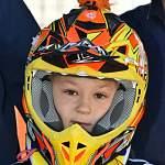 Ребенок на мотоцикле. Из Боровичей на Кубок Мира