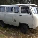 Сами «граждане начальники» усаживали зэка-беглеца за руль служебной «буханки»