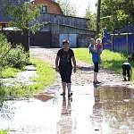 В Старой Руссе последствия масштабного ливня оперативно ликвидируют