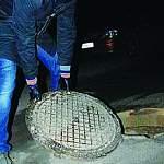 В Великом Новгороде появилась банда похитителей канализационных люков
