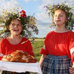 Фольклорный праздник для туристов «Новгородское купалье»