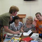 Известный литературовед, писатель Мариэтта  Чудакова передала партию книг в сельские библиотеки Новгородской области