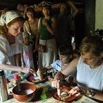 Готовь валенки летом:  в «Витославлицах» научат валянию из шерсти