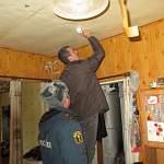 В домах и квартирах неблагополучных новгородских семей установили пожарные извещатели
