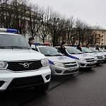 Новгородская полиция получила 30 новых автомашин