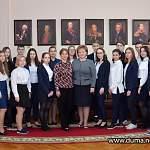 Гимназисты «Гармонии» посетили Новгородскую областную Думу в день её 24-летия