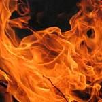 В Пестове пожар оставил без крова многодетную семью с малышами