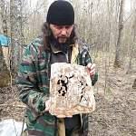 Поисковики нашли в Старорусском районе уникальный церковный артефакт