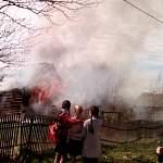 В новгородском Пролетарии пламя уничтожило частный дом