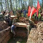 В Новгородской области в Лычкове и Ясной Поляне погребены останки более 500 советских воинов