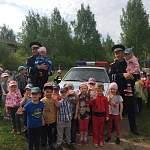Дорожные полицейские подружились с детским садом