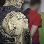 Новгородская полиция выявила цепочку наркодилеров-закладчиков