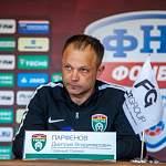 ФК «Тосно» остается без главного тренера Дмитрия Парфенова