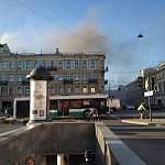 В Санкт-Петербурге на Невском горит знаменитый универмаг «Пассаж»