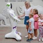 В Ростовском зоопарке начал работать робот-кассир