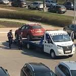 В Великом Новгороде помощник депутата гордумы занял на парковке место инвалида