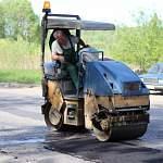 В Великом Новгороде подрядчики приступили к ремонту гарантийных дорог