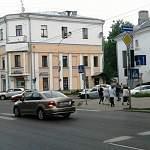 Фотофакт: на оживленном новгородском перекрёстке разом «заболели» все светофоры