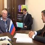 На личном приеме граждан у новгородского губернатора спросили про медицину, дороги и соцобъекты