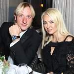 Супруга Евгения Плющенко назвала бездарями детей, занимающихся футболом